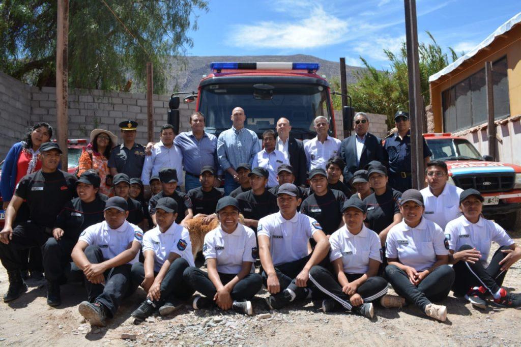 Entrega de autobomba a los Bomberos Voluntarios de Tilcara